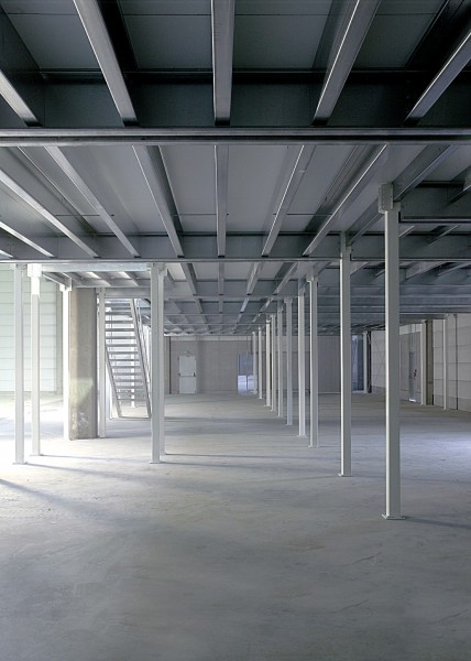 Lagerbühnen Konstruktion aus Stahl 5 x 5 m