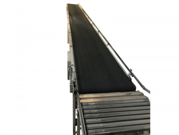 L22400 B800 Förderband Stückgut Gurtförderband Steigförderer Rollenbahn