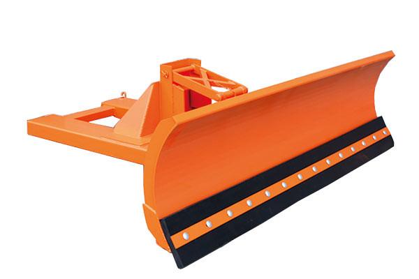 Eichinger Schneepflug mit Einfahrtaschen unten 2073 in orange pulverbeschichtet