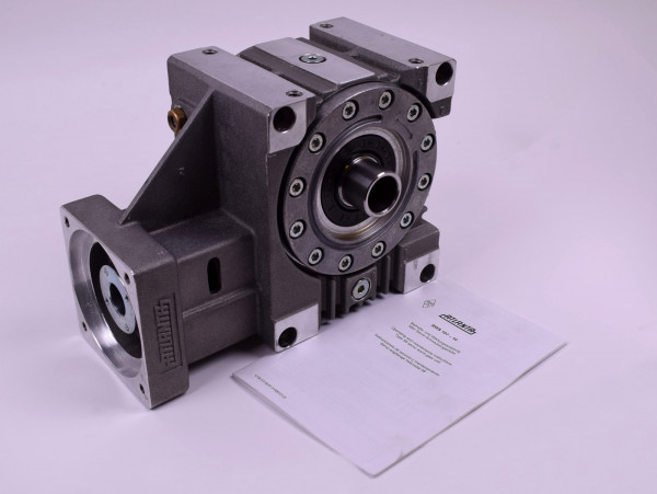 Atlanta Servo-Schneckengetriebe 58 84 615 Winkelgetriebe 5,25 kW Getriebe