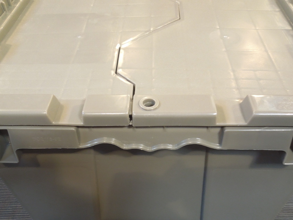 10 monoflo industriebox deckelbox stapelbeh lter beh lter kiste kunststoffkiste ebay. Black Bedroom Furniture Sets. Home Design Ideas